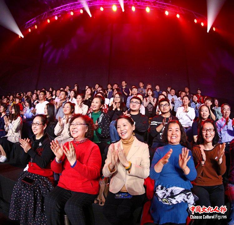 """廖勇经典作品音乐会_廖昌永等十位歌唱家联袂演绎""""和你在一起""""【组图_独家】"""